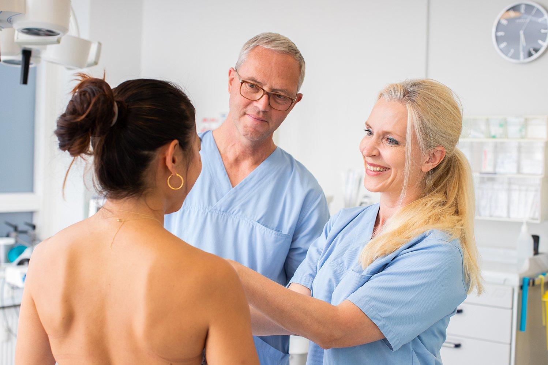 brystforstørrende operation pris